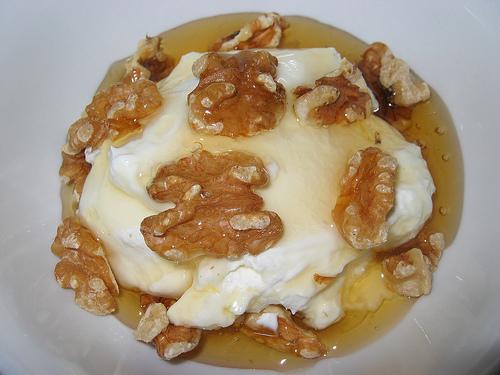 Greek Yogurt with Walnuts and Honey