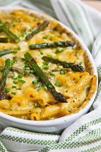 Asparagus and Ramp Pesto Mac n Cheese