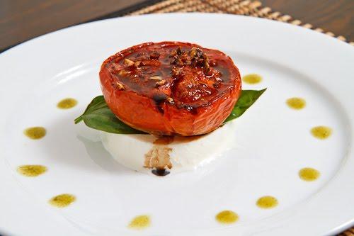 Balsamic Roasted Tomato Caprese Salad