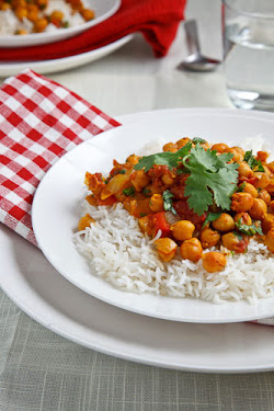 Chickpea Curry (Chana Masala)