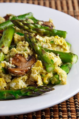 Garlic Scape Pesto Scrambled Eggs with Asparagus and Mushrooms