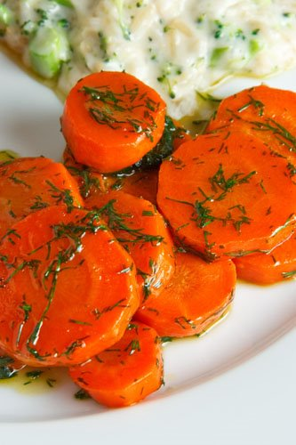 Maple Glazed Carrots with Dill