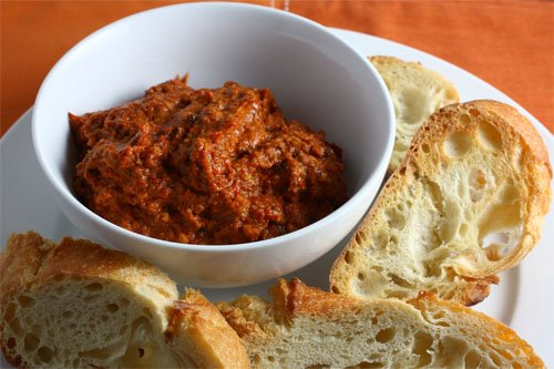 Muhammara (Middle Eastern Pepper and Walnut Dip)