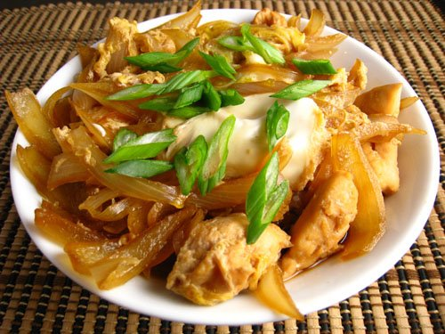 Oyakodon (Chicken and Egg Rice Bowl)
