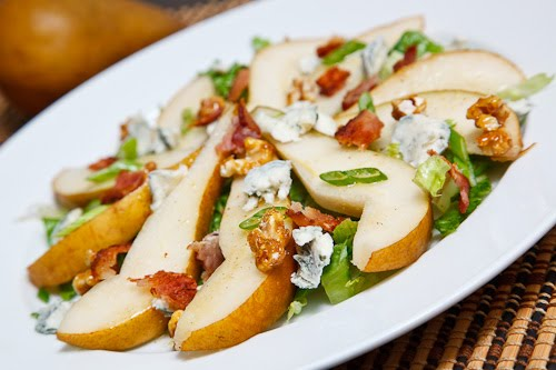 Pear Salad with and Bacon, Gorgonzola and Candied Walnuts