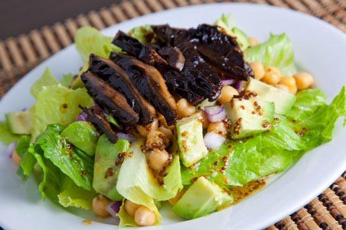 Roasted Portobello Mushroom Salad