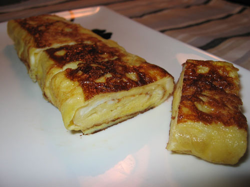 Tamagoyaki (Japanese Rolled Omelet)