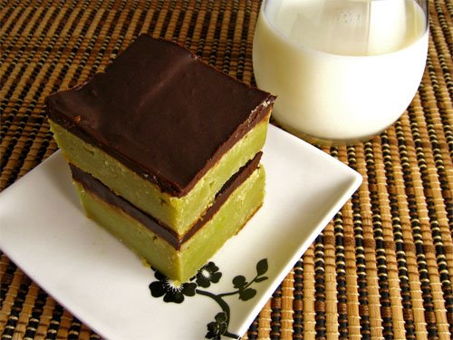 Green Tea White Chocolate Mascarpone Brownies with Chocolate Ganache with Milk