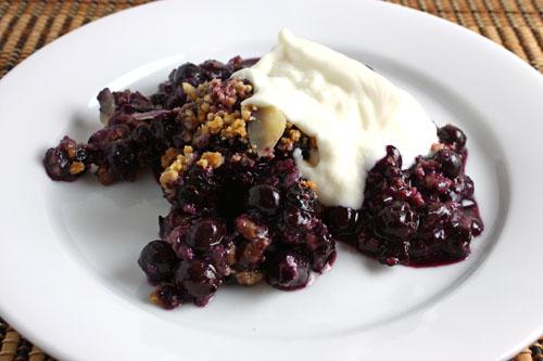 Blueberry Amaretti Crisp