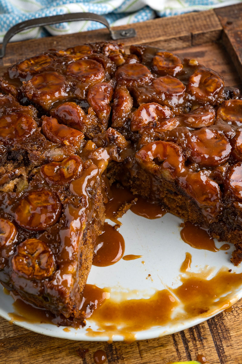 Caramel Banana Upside Down Cake with Chocolate Chips