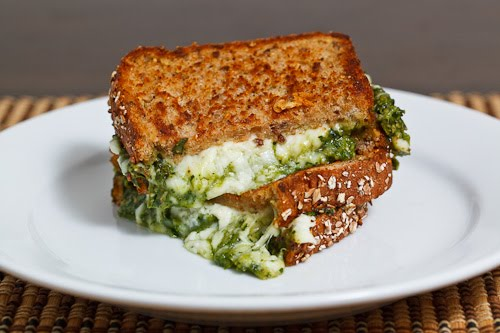 Spinach Pesto Grilled Cheese Sandwich Recipe