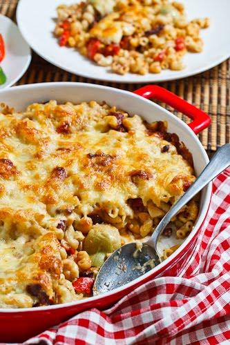Roasted Red Pepper and Kalamata Olive Mac n Cheese