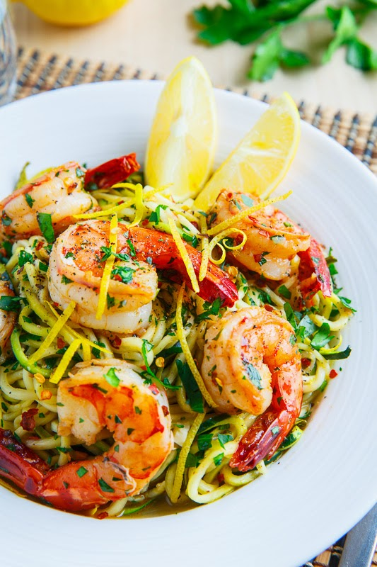 Weight Watcher's Shrimp Scampi with Zucchini Noodles l Homemade Recipes http://homemaderecipes.com/healthy/24-homemade-shrimp-scampi-recipes