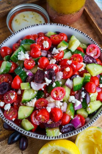 Greek Salad (Horiatiki Salata)