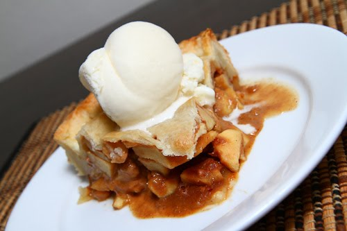 Dulce de Leche Apple Pie