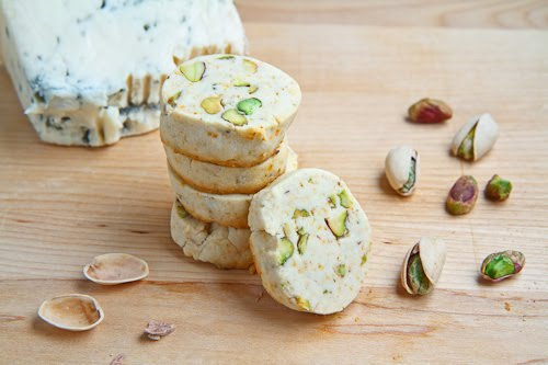 Gorgonzola and Pistachio Shortbread