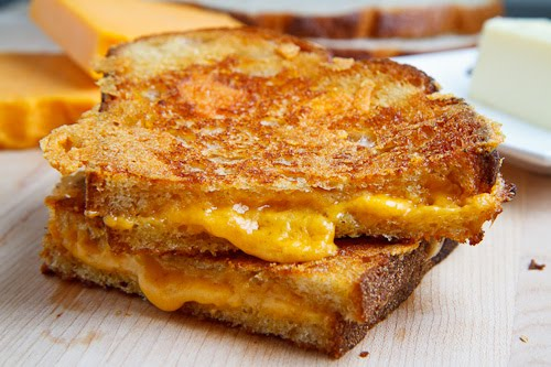 How to Make The Perfect Grilled Cheese Sandwich