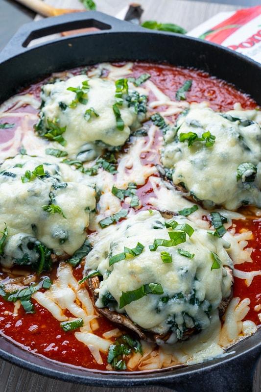 Spinach and Ricotta Stuffed Portobello Mushrooms in Tomato Sauce