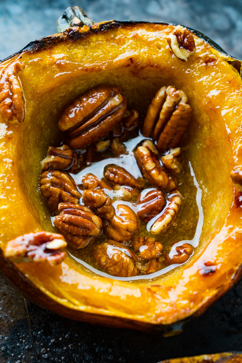 Maple Pecan Roasted Acorn Squash