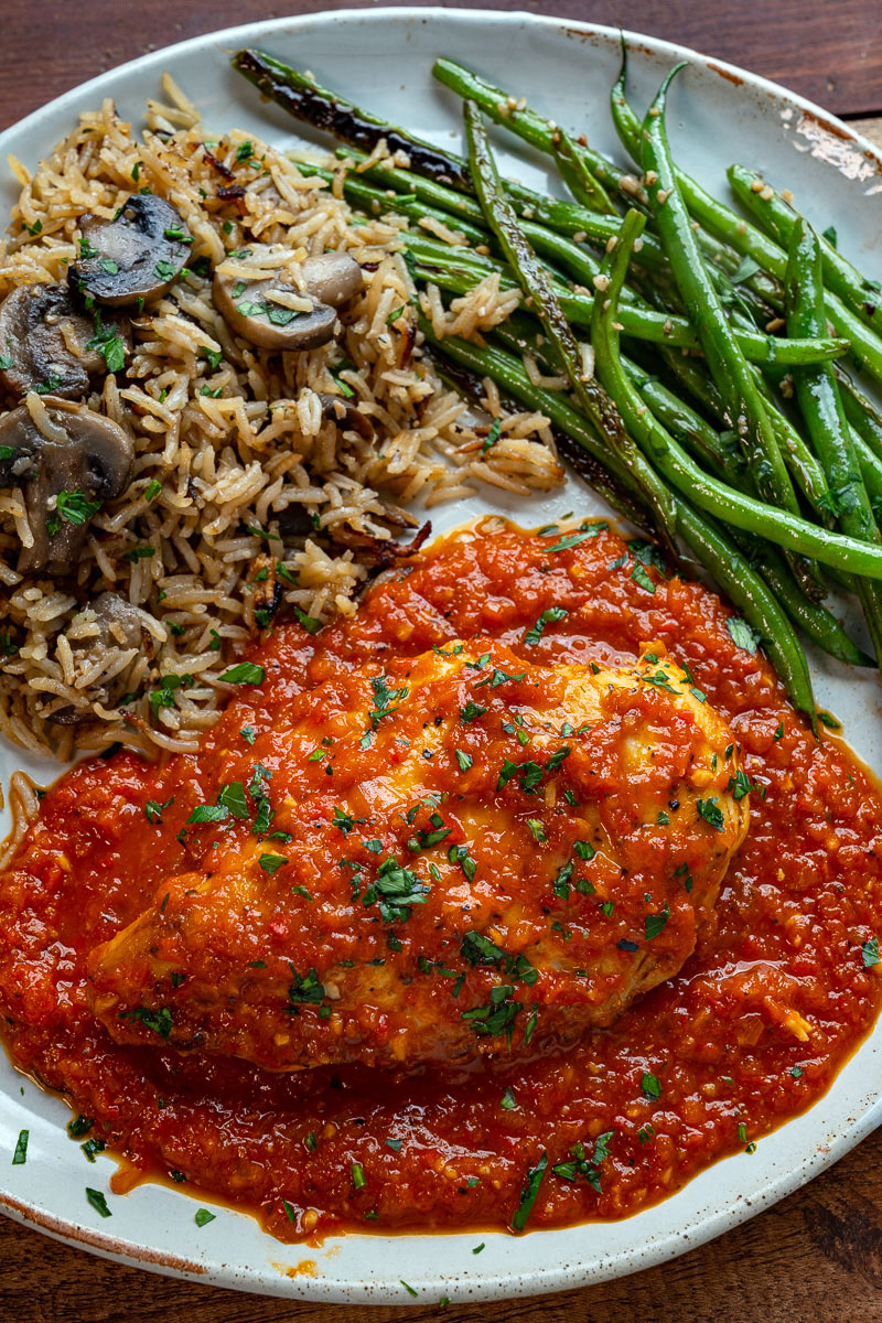 Skillet Chicken in Roasted Red Pepper Sauce