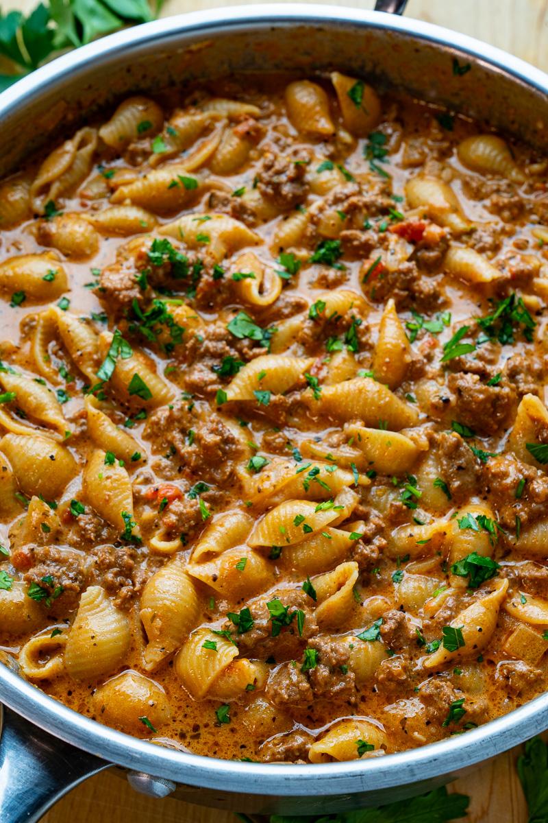One-pan Cheesy Beefy Pasta