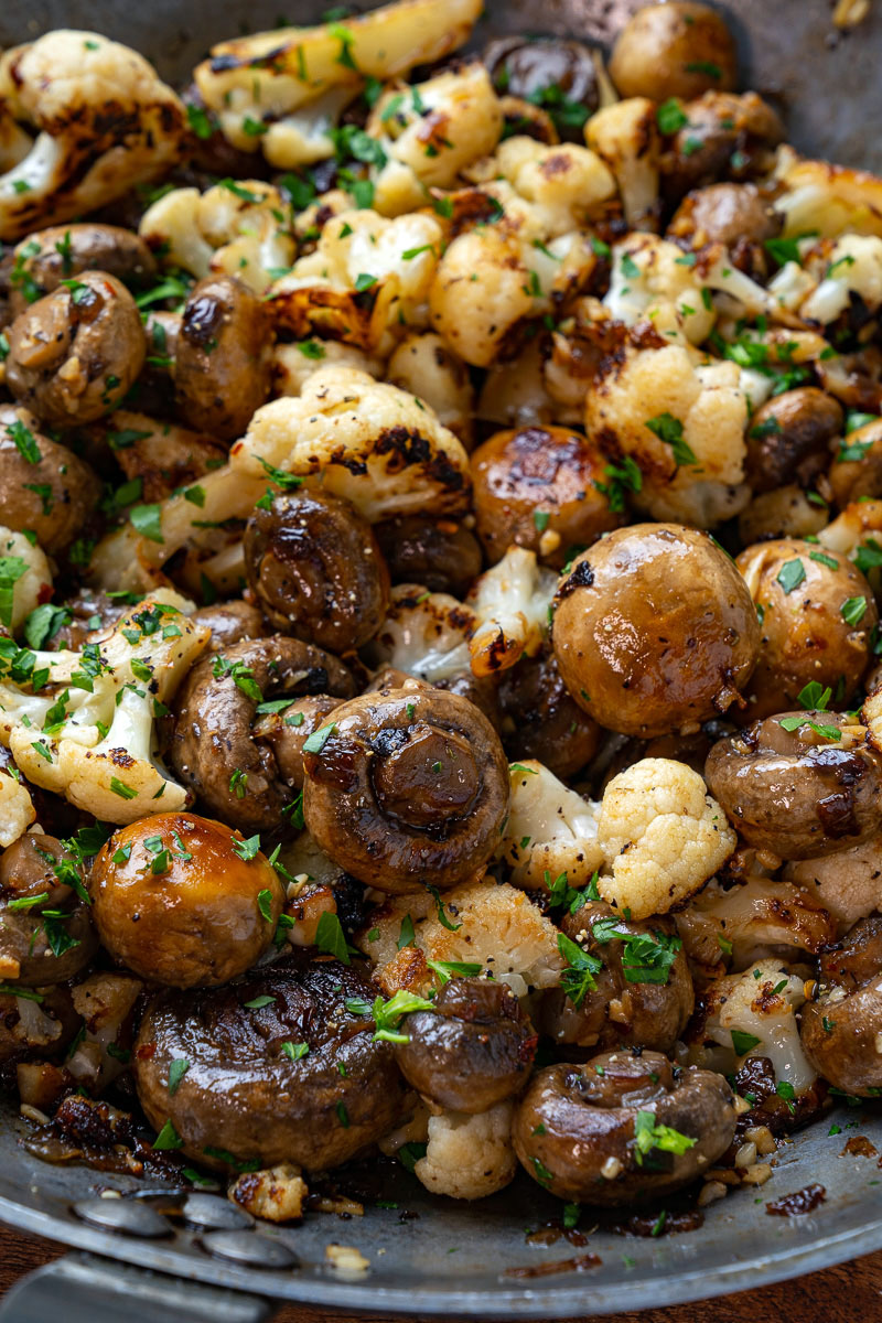 Skillet Butter and Garlic Mushrooms and Cauliflower